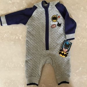 BATMAN 3-6 Months 6 One piece jumpsuit onesie grey